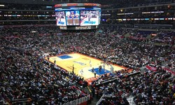 Courtside at a Clippers or Lakers Game